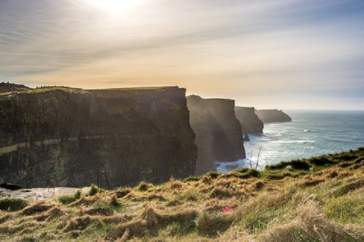 cliffs-of-moher-750.jpg